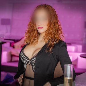 Nahouel escort & speed dating